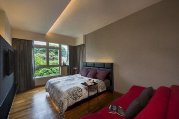 Designer bedroom. Cove lighting. Timber flooring.